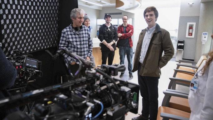 ABC旗下开始有剧集于温哥华重投制作,例如《良医》、《繁文琐事》等-美剧品鉴社