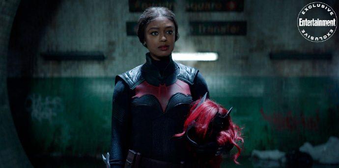 EW发布《蝙蝠女侠》第二季独家剧照,该剧更换女主-美剧品鉴社