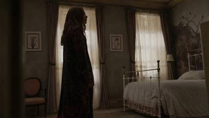 M. Night Shyamalan为Apple TV+打造的心理惊悚剧《灵异女仆》获续订第三季-美剧品鉴社