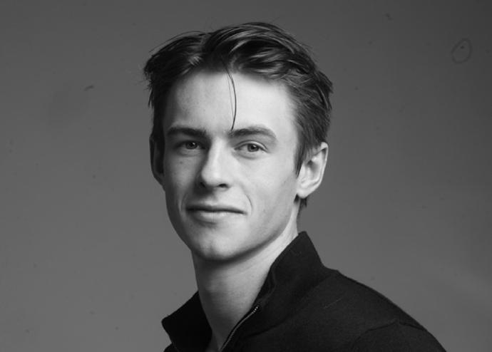 Ben Radcliffe加入Netflix新剧《剖析丑闻》,饰演年轻时的James-美剧品鉴社