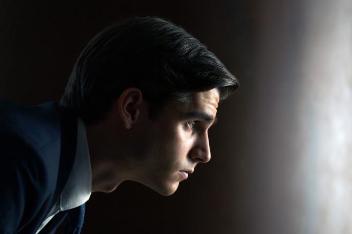 AMC和西班牙付费有线台Movistar+联手打造的《财富》发布剧照-美剧品鉴社
