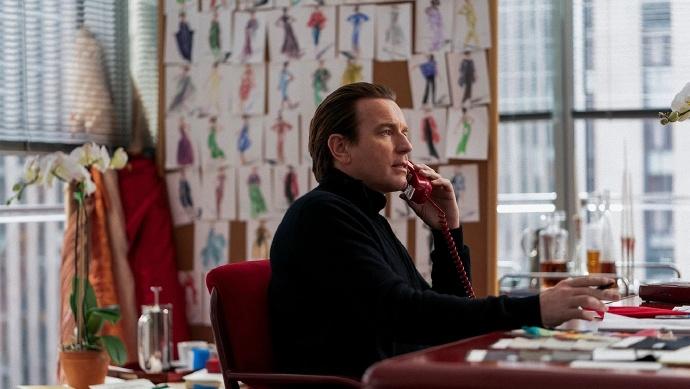 Ewan McGregor主演的Netflix限定剧《哈尔斯顿》发布全新剧照-美剧品鉴社