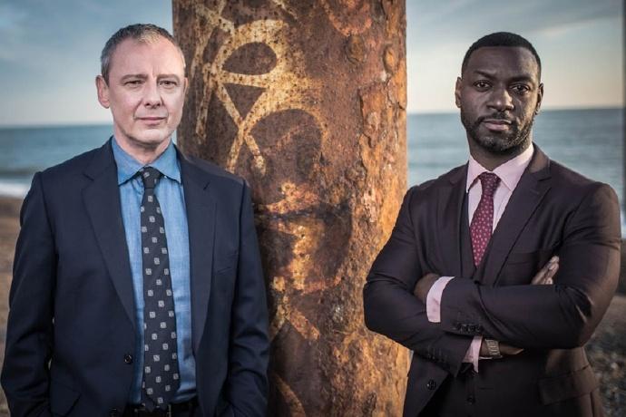 ITV续订《格雷斯》第二季,第一季第2集预计今年稍晚播出-美剧品鉴社