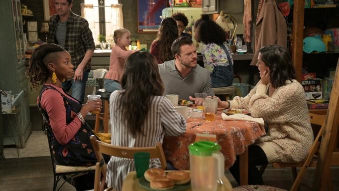 ABC一口气公布多部剧集的命运,取消了新剧《老妈驾到》-美剧品鉴社