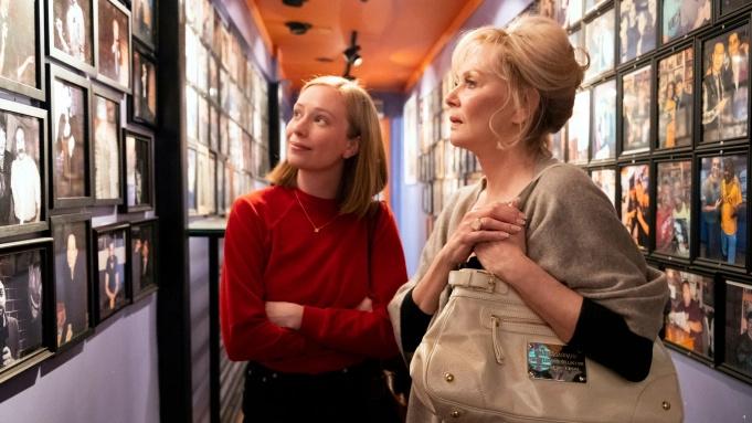 HBO Max宣布续订Jean Smart及Hannah Einbinder主演的喜剧《绝望写手》第二季-美剧品鉴社